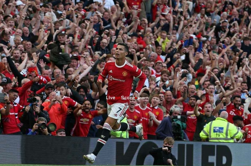 Cristiano Ronaldo emotional message to Manchester United fans